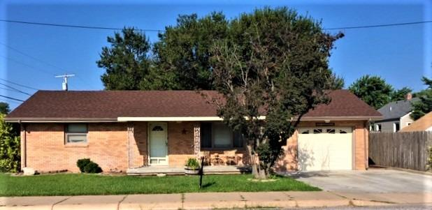 Your Own Peace Of Paradise Awaits You.   Paradise is what it will feel like when you first walk into this beautiful brick home. You will especially love the attached garage this time of year. Along with the actual home being move-in ready.