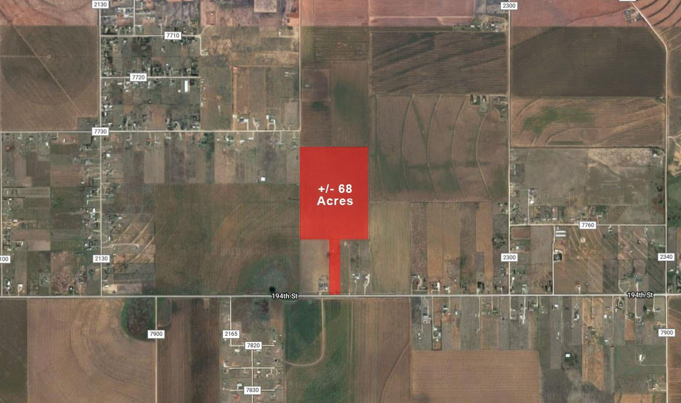 68.085 Acre tract, with 194th Street (FM 41) frontage, available for sale. Farmer will lease back, and there is future housing development in the area.