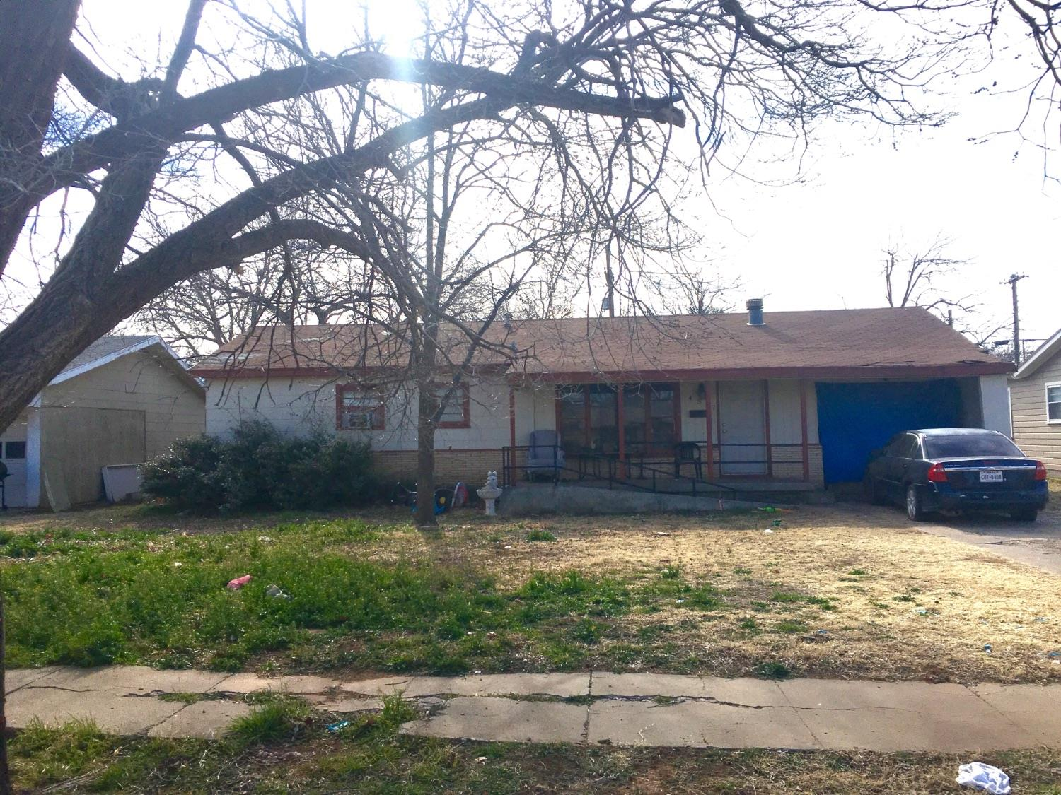 Charming investment home close to Texas Tech and the Medical District! Wonderful opportunity to own rental property with great occupants. This home is for investment purposes as it has tenants. Lease terms convey with purchase. Rents for $850/mo with $500 deposit.  Roof is being replaced.