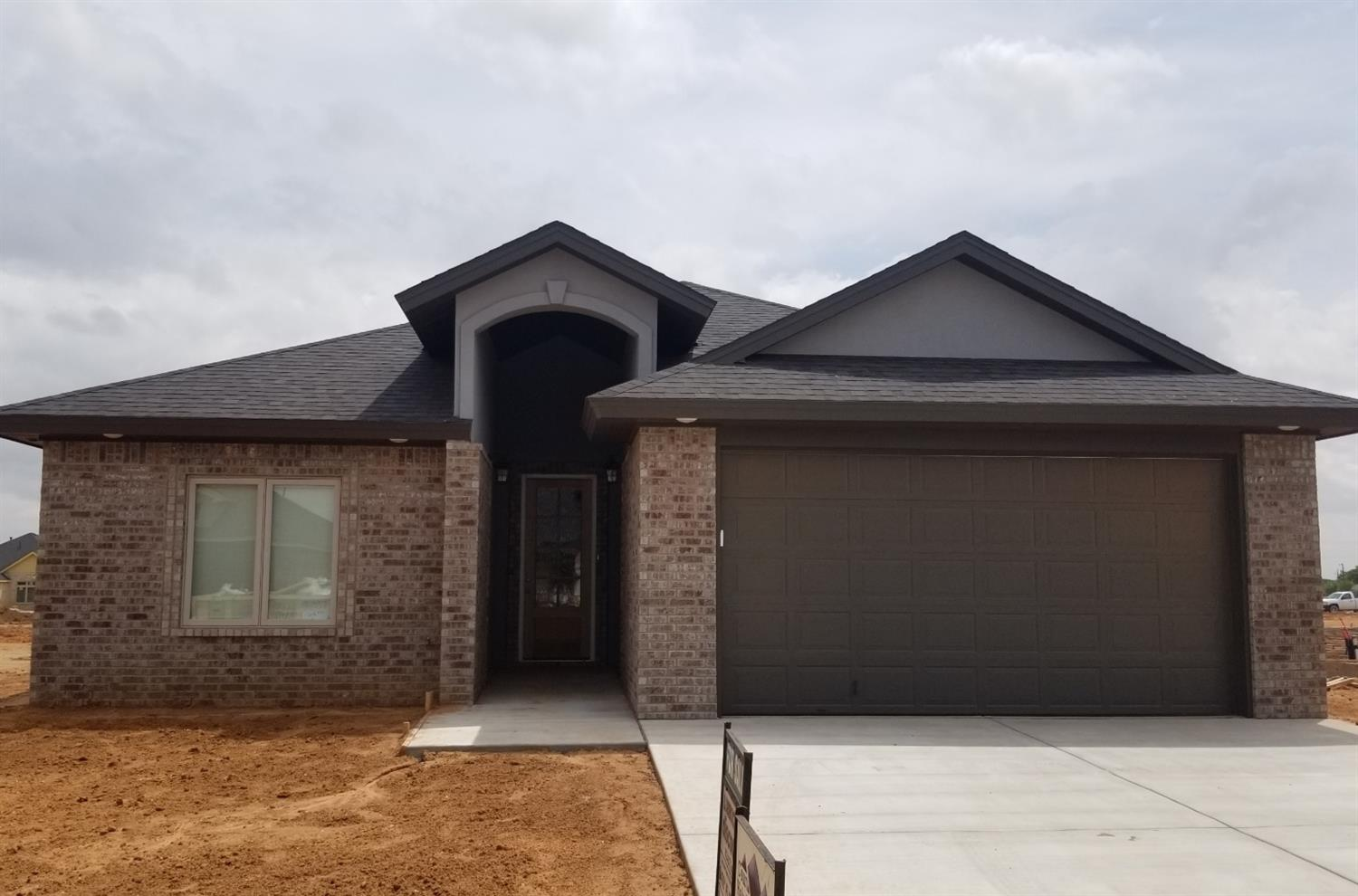 Come and see this exciting new 4-2.5-2 offering from Court Holmberg Homes, LLC in Bushland Springs, Custom Painted Cabinets Throughout, Custom Lighting package, S/S Appliances, Gas range with convection oven, Granite Countertops In Kitchen & bathrooms. Separate Laundry Room with extra storage!  Spacious Bedrooms. Lots Of beautiful wood-look tile work; Great Storage Throughout. Isolated Master Suite Has Custom Tile Shower And Luxurious Soaker Tub with 12x24 tile surround. Owens-Corning R-15 exterior walls and Spray foam insulation in attic. Seller Is A Licensed Texas Agent. Builder will install 6' cedar fence with steel posts, automatic sprinkler system and sod in the purchase price.
