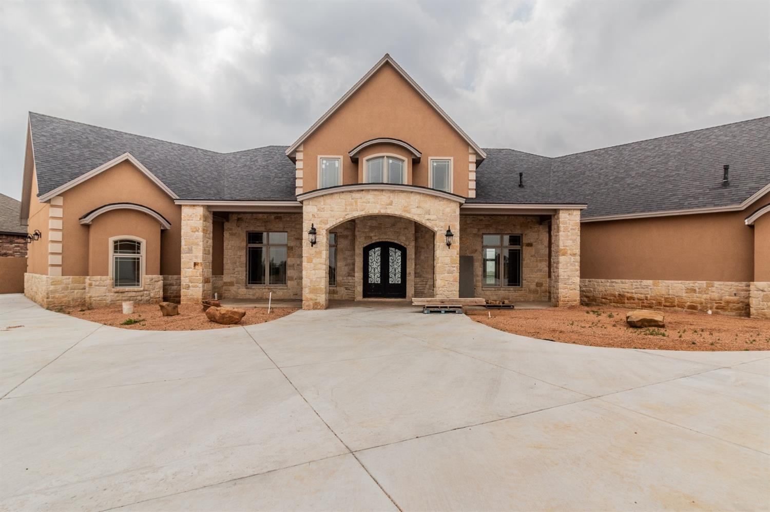 Here we go!!! Welcome to the Estate at Buffalo Springs Lake with 4 bedroom 5 bath 8 garage spaces. Totally fenced in with all the lake &  canyon views this home has it all, even the elevator in the garage! This will be the perfect opportunity to finish the home to your preference. Schedule your private showing today!