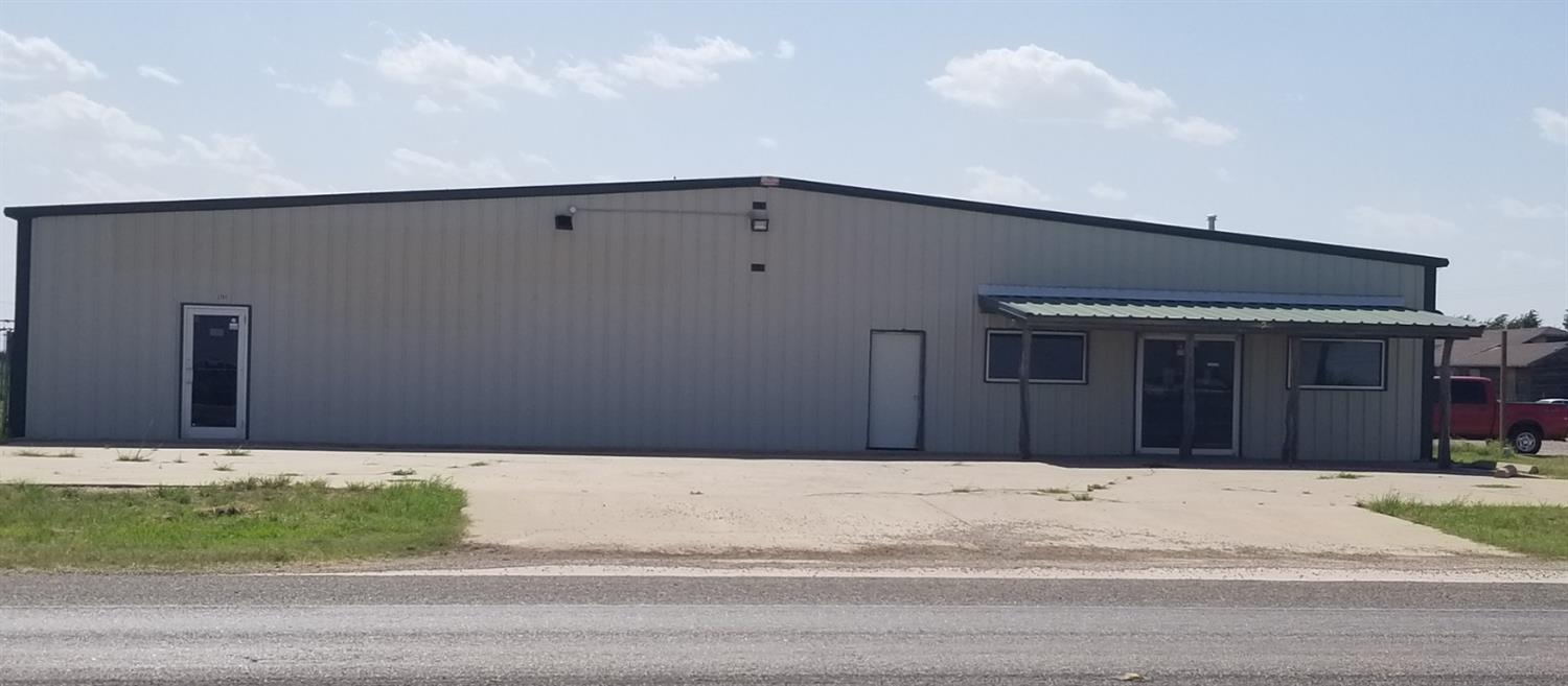 Over 10,200 Sq.Ft. open space currently divide in 3 major areas. Back approximately 1/3 open space. 330 foot frontage on Frankford Ave. Great location for most commercial applications up to light manufacturing. Bldg divided into 3 sections insulated with 4 each 5-ton HVAC units. 3.3 Ac