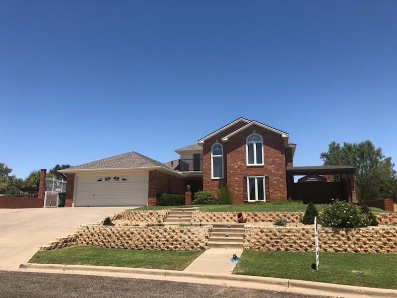 Come check out this 2 Story Ransom beauty. Great open floor plan with lots of newly upgraded features.Vinyl plank flooring, Granite counter tops, Windows in front and Iron railing on top balcony facing view of the lake. Amazing outdoor kitchen with above ground pool. Call today for you tour.