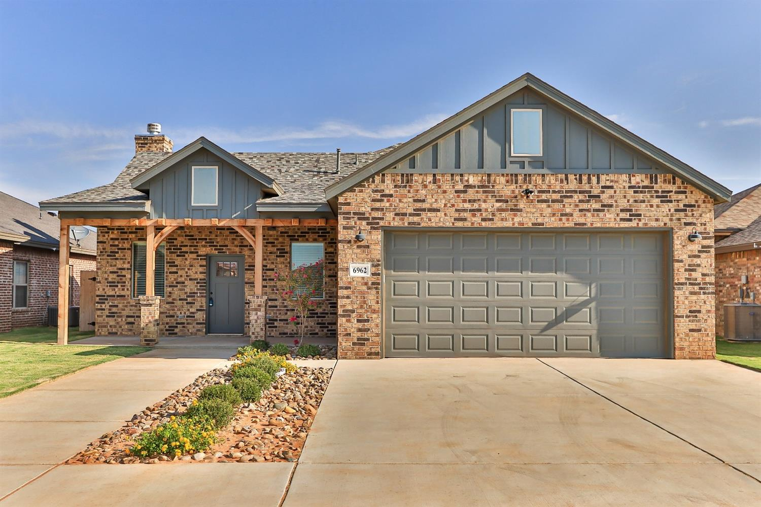 Don't miss this new construction built by LS Kingdom Homes! This incredible home features 3 bedrooms, 2 bathrooms, an office, and a play area. The open concept is perfect for entertaining, and features exquisite details. The isolated master suite features a spacious bathroom with over sized free standing tub, and a huge master closet!