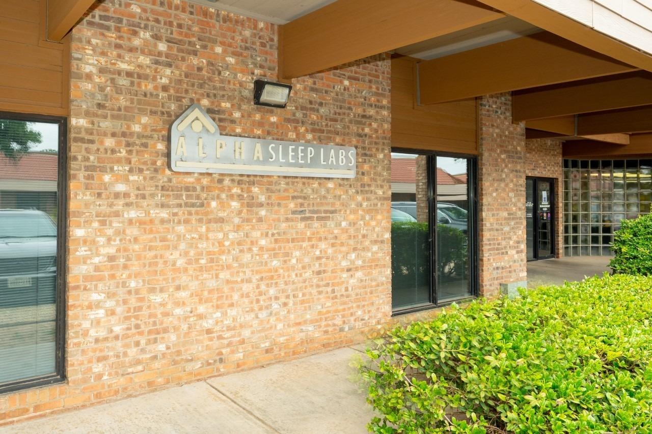 Located just west of Quaker Avenue on 74th Street, two blocks south of Loop 289, this recently remodeled space includes 8 large offices, break room, 2 restrooms, totaling 2,257 SF. Offices could be divided into cubicles and/or suites. Other features include a charming lobby, kitchenette, tech station, and a professional landscaped exterior. Vinyl flooring throughout.