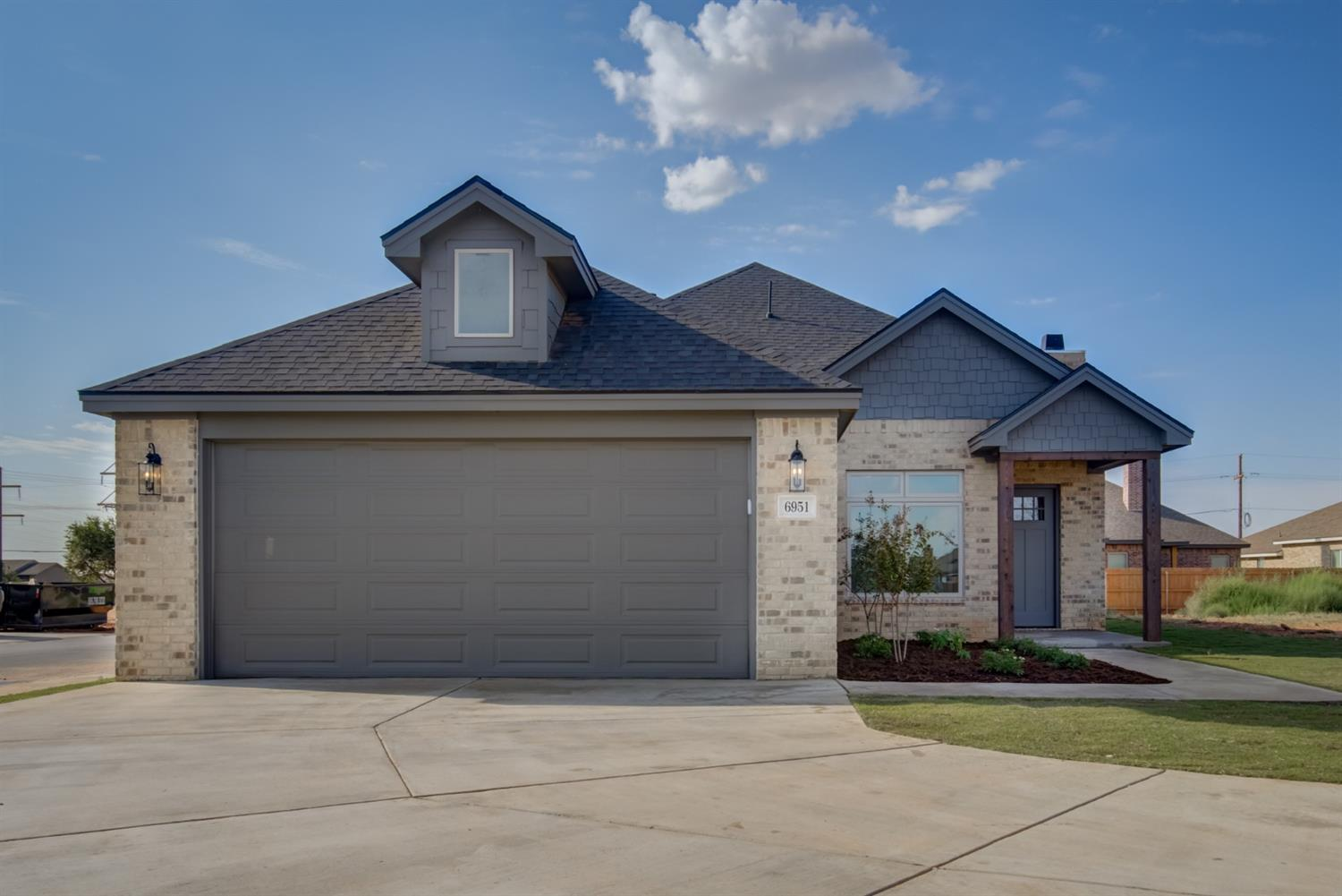 This home is now complete and ready for new owner.Great 4 bedroom, 2 bathroom HOME in the new Bushland Springs at 19th and Upland.    Vaulted living room ceiling with wood burning fireplace. Kitchen has great cabinet space and a large island. Master bedroom is isolated at the back of the house. Master bath is good size and features his and her vanity's, a walk in shower and a big closet. Pictures are of the model home, actual house will have some different finishes, still time to make your own selections.