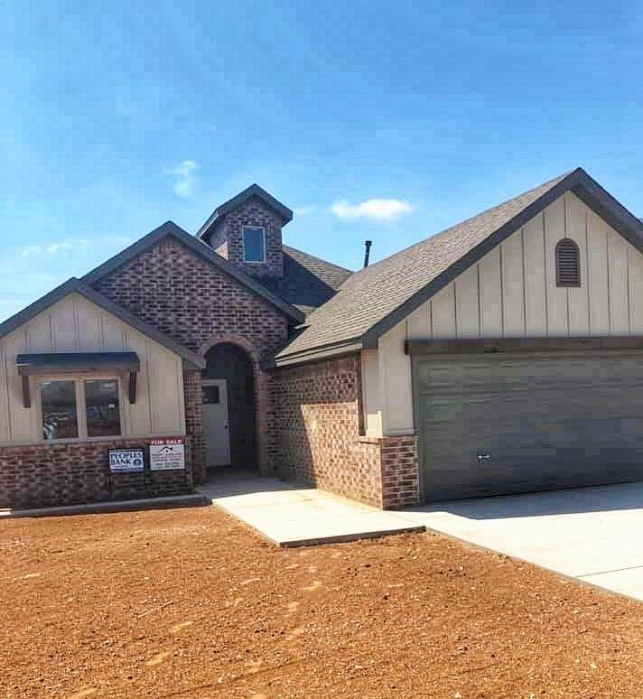 You said you needed a 4 bedroom 3 bath and the builder listened so here it is.  Of course with all the wonderful finishes to include beam ceilings, open concept and ship lap around the fireplace and sliding back door right into your own patio.  It doesn't stop there Truitt Garland Construction homes will bring the best in appliances and lighting.  Don't forget about that office space not too much but just enough.  Lets get you in this home before the Holidays start.  It's a fabulous place to snuggle up by the fireplace to watch your favorite Hallmark Movies!