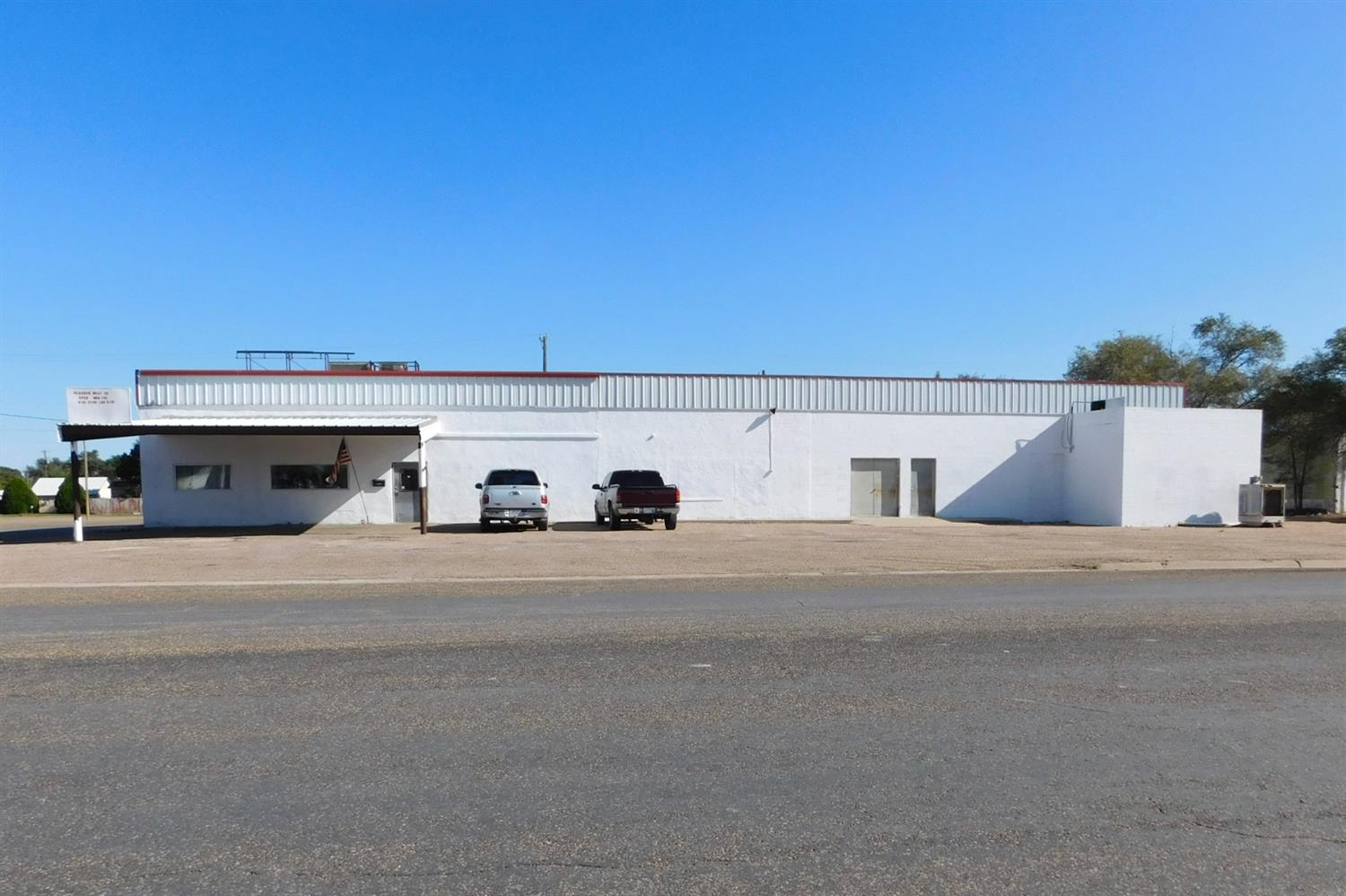 Operational custom processor in Muleshoe, TX for sale.  Equipment in the processing area is updated,can handle several weeks worth of kill. Square feet includes kill floor (25x21), two hanging coolers (23x34, 17x33), two large freezers 14x19, 11x15 fabrication room with packaging equipment, and lots of storage. Big cooler is 252 square feet and can hang about 21 head of cattle. Smaller cooler is 180 sq ft and can hold about 10 head of cattle; total hang is 30+ head cattle. Two freezers total 1,634 sq ft and there is a non working freezer with 352 sq ft. equipment includes vacuum machine, band saw, tenderizer, smokehouse, sausage machine, patty machine.