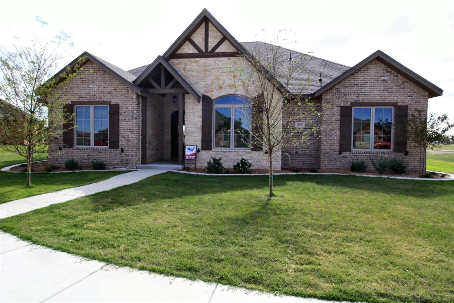 New Construction Built by Big State Custom Homes. 4/3/3 located in a gated golf-course community! This plan features a large open concept living, dining & kitchen area overlooking a covered patio. Gourmet kitchen with stainless steel appliances, double freezer/fridge, granite island, gas range, decorative vent hood & large walk-in pantry w/ coffee bar or mini fridge.  Secluded master suite, double granite vanities, walk-in tile shower, soaking tub, walk around closet w/ vanity and tons of storage. 3 spacious guest bedrooms, one of which is secluded w/ its own private bath! The 3 car rear entry garage leads into the mudroom & spacious utility room.