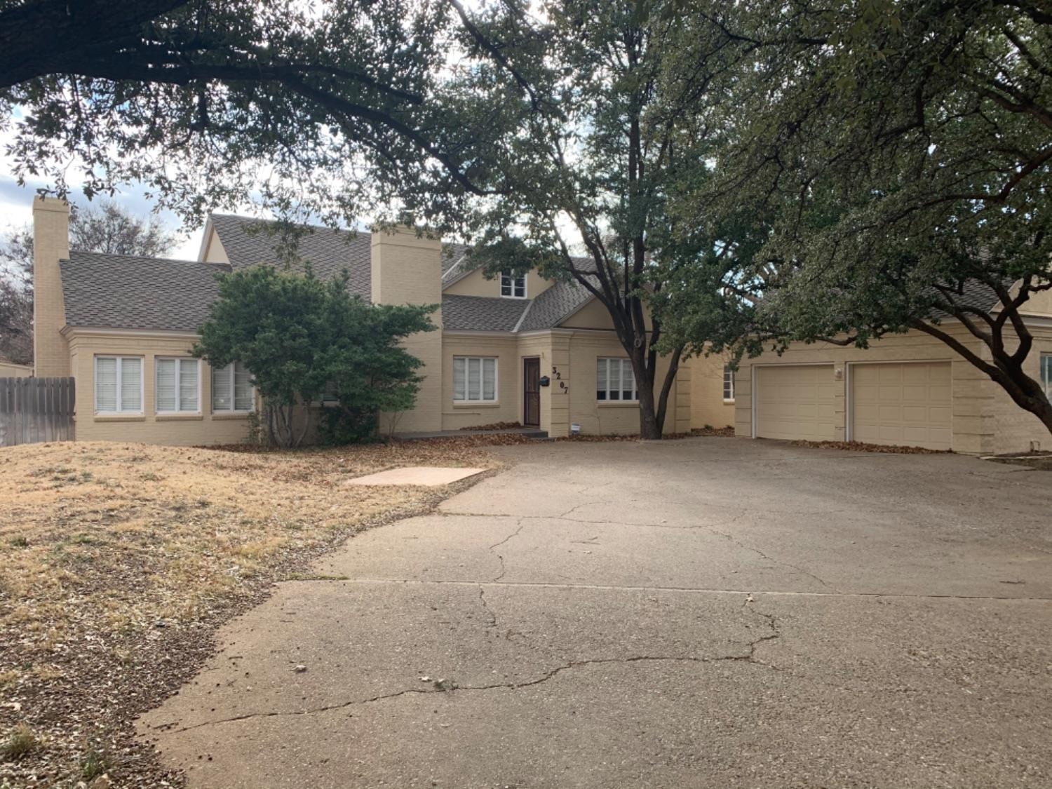 This is a great two story 4 bed 3 bath home on 19th St, across from Texas Tech. The home has a great lay out and lots of charm. Spiral stair case, hard wood floors, balcony over looking a huge great room and more.