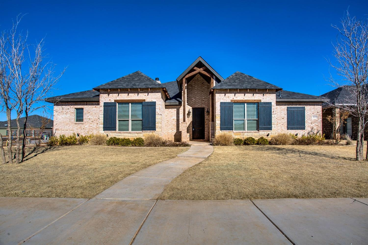 WOW! An incredible find in Kelsey Park! This incredible 4/3/2 built by Clearview Custom homes is a 10+! With over 2200 sq ft, this open concept floor plan features an immaculate kitchen, plenty of storage, spacious bedrooms, and Cooper ISD schools! Don't miss this one!