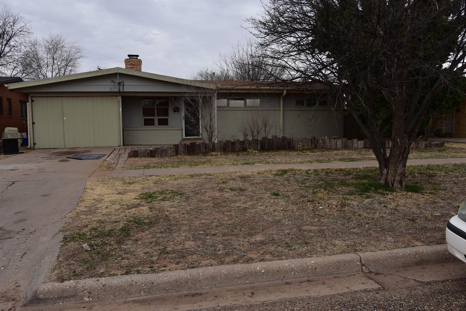 Photo for MLS Id 135420 located at 411 Pine