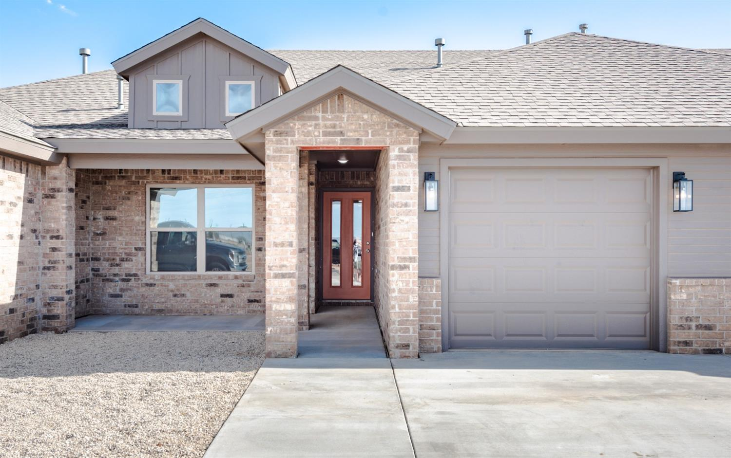 Take a look at this newly constructed 2 bedroom 2 bath townhome in North Lubbock's newest development, Lincoln 16. This property is well thought out with it's open living, kitchen,and dining area combined with it's high quality construction. Maintenance on this property has been designed to be minimal.