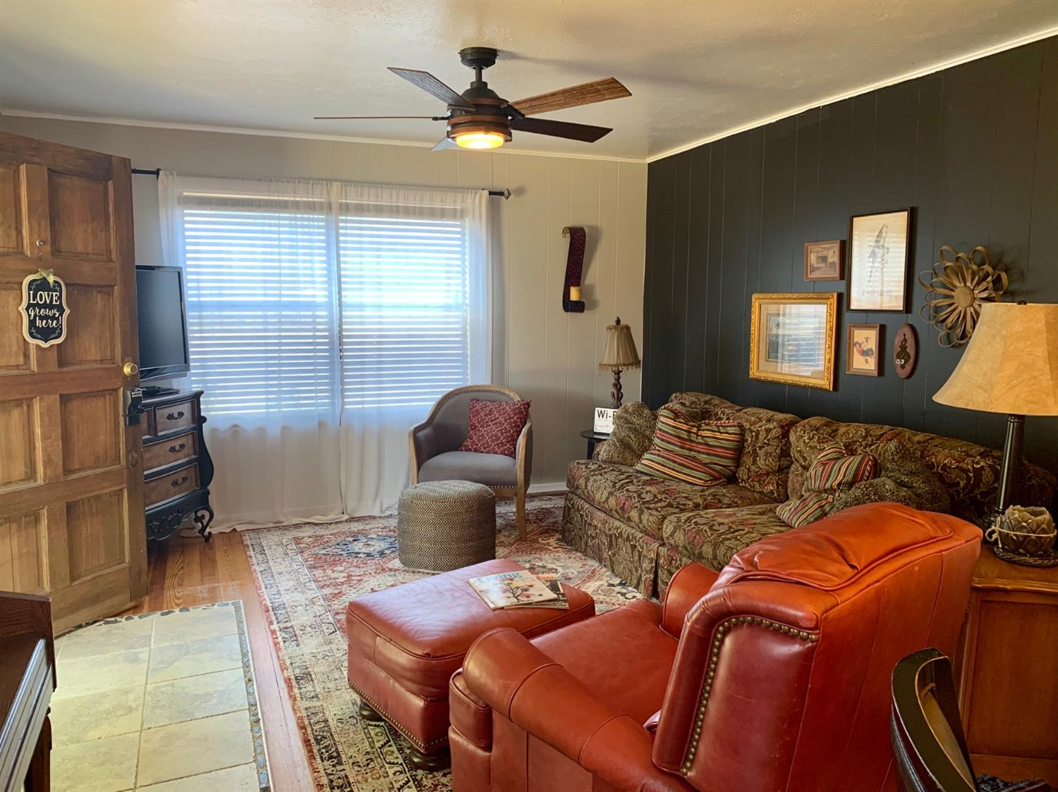 Photo for MLS Id 140682 located at 207 3rd