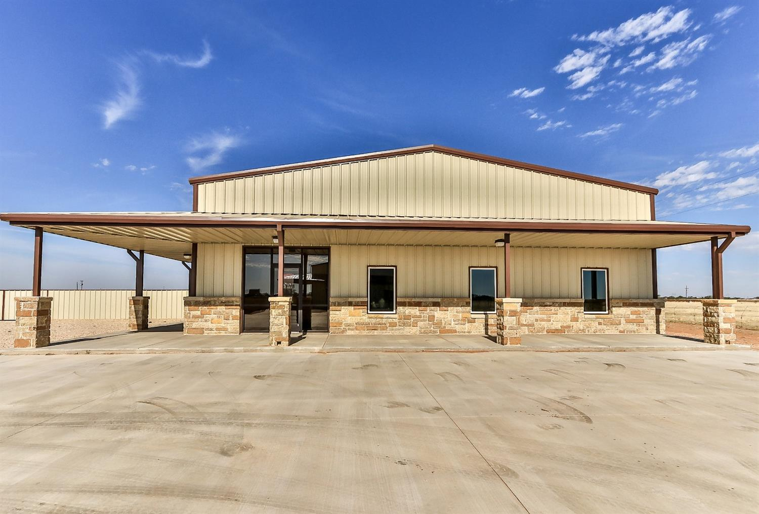 5,000 SF Office/ Warehouse with three private offices, two restrooms, well, septic, concrete drive and two 14' X 14' overhead doors.  The property is fully fenced with a 6' meal fence and roll gate.  Loop 88 will pass right in front of the property for easy access.    Tenant - Interstates Construction Services, Inc.   Call Listing Agent for Financial Information