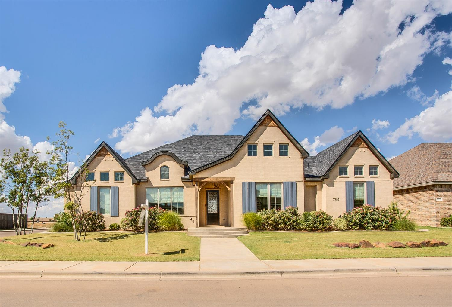 This stunning home, built by award winning Clearview Custom Homes, is in the Enclave at Kelsey Park, in Cooper ISD! This four bedroom, four bath home includes, a spacious open floor plan, gourmet kitchen and living room perfect for entertaining, a separate dinning room, isolated master suite with large walk in closet, over sized garage, and mudroom with lockers.  This is a house you would be proud to call home!
