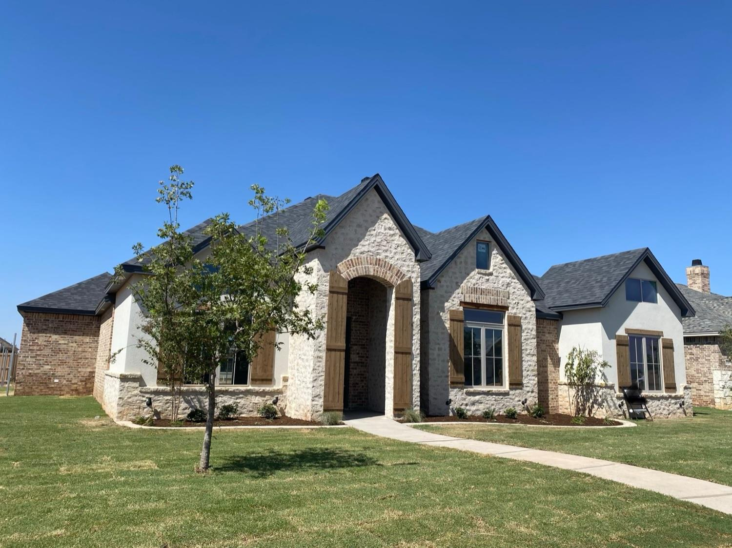 Incredible 4/3/2 new build by Clearview Custom Homes in highly sought after Cooper ISD, in the up and coming development of Hatton Place! This beautiful home has an open concept, a mudroom with lockers for storage, high end finishes, and room for the whole family! You won't want to miss this one!  Completion date August 2020