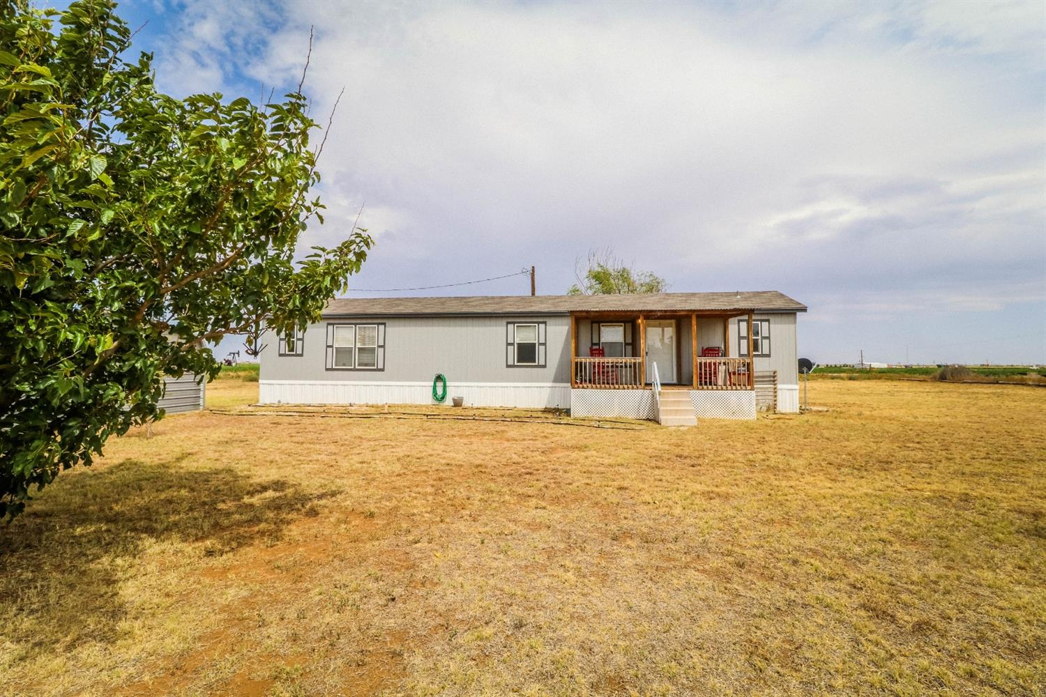 Photo for MLS Id 142022 located at 3689 Farm Road 303