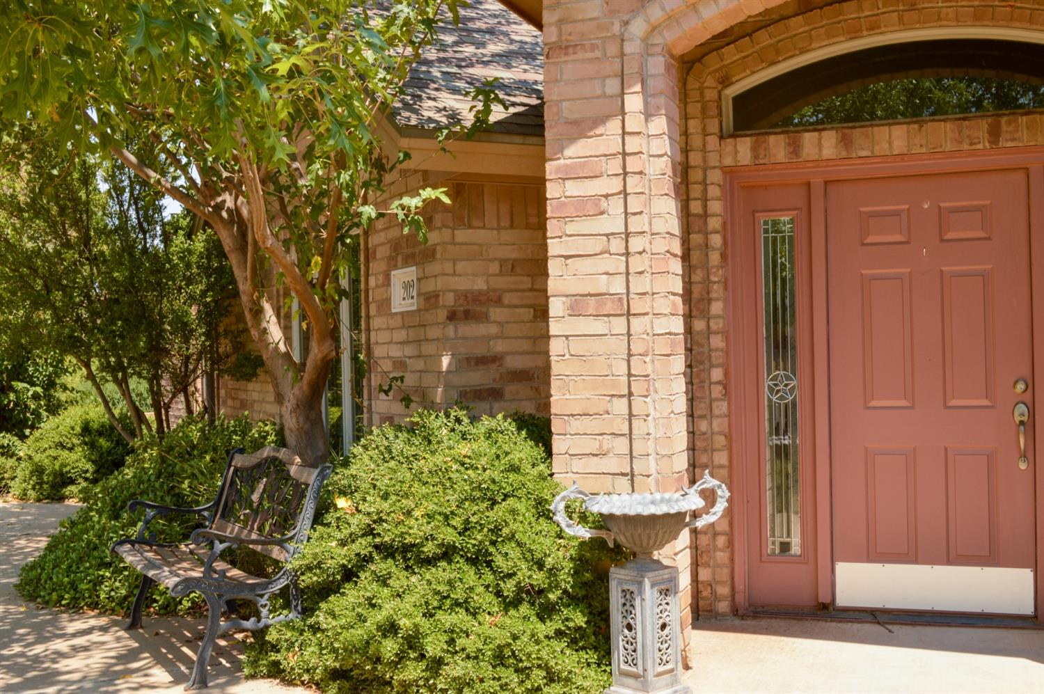 ***PRICE REDUCTION***  Beautiful 3 bedroom 3 bathroom garden home located in the Levelland Country Club neighborhood. This home showcases a master bedroom suite and two additional bedrooms, each with their own bathroom. Master suite boasts a beautiful and luxurious jacuzzi tub, double sinks, an oversized vanity, and generously sized walk-in closet. Elegant and sleek kitchen with an island, breakfast bar, and a butlers pantry that separates the kitchen and dining room. Plenty of storage in the many cabinets and large pantry. Raised ceilings are featured throughout the home allowing for an appealing sense of space. The versatile plantation shutters create a comforting ambience. 2 car rear entry garage and small storage shed sit on the back of the property. Great location; within walking distance of South Plains College and Covenant Hospital Levelland.
