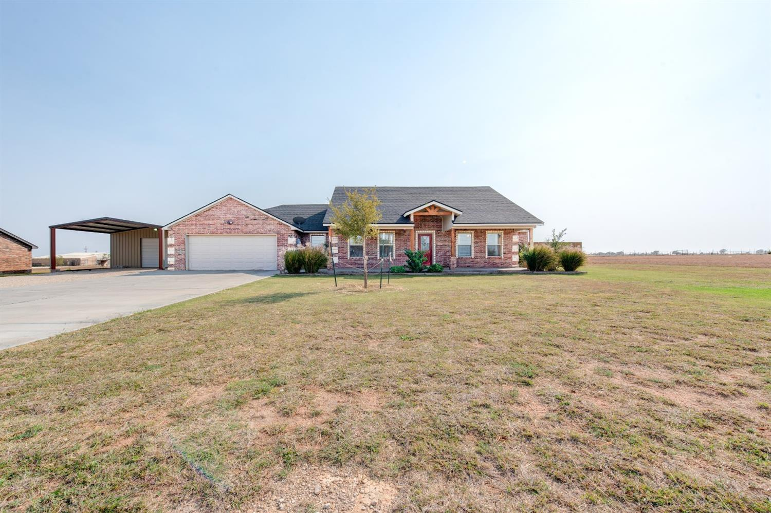 Shallowater ISD, 1 acre lot, 30x40 insulated shop, 4 bedrooms and 2.5 bathrooms. This home was built in 2016 and is an extremely rare find in our market today! Located in one of the best school districts in the State of Texas, this home is turnkey and move in ready. Some of the amenities include: open layout, vinyl plank flooring, entire property fenced, and an excellent well. The property is situated in the North South fashion, so you get great sunlight throughout the year. The massive back patio is perfect for entertaining or just enjoying a West Texas evening. Come see this one before it's gone!