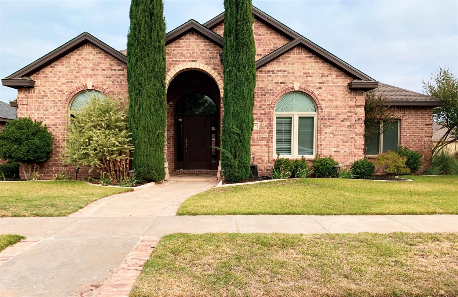 Great home for a growing family on a quiet street. Suncrest is a desirable family neighborhood. Cooper school district. Each Bedroom has its own bath!!! 3 car garage. Don't miss out on this steal.