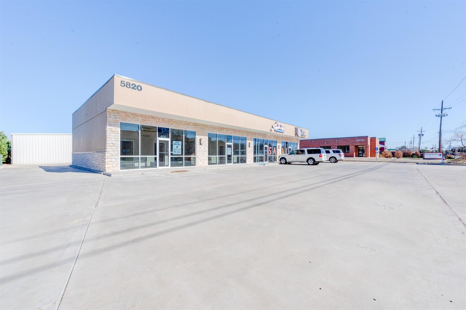 Take advantage of this 3,600 SF Retail Center off Frankford Ave & 66th Street. This 2014 built space has served retail sales & medical (veterinary clinic) sales. The hard corner of 66th St & Genoa Ave offers access to Rear Parking and Front Parking (26 spaces). Ideal for Medical Owner Operator or Small Retail Investor. Contact Listing Agent for Details.
