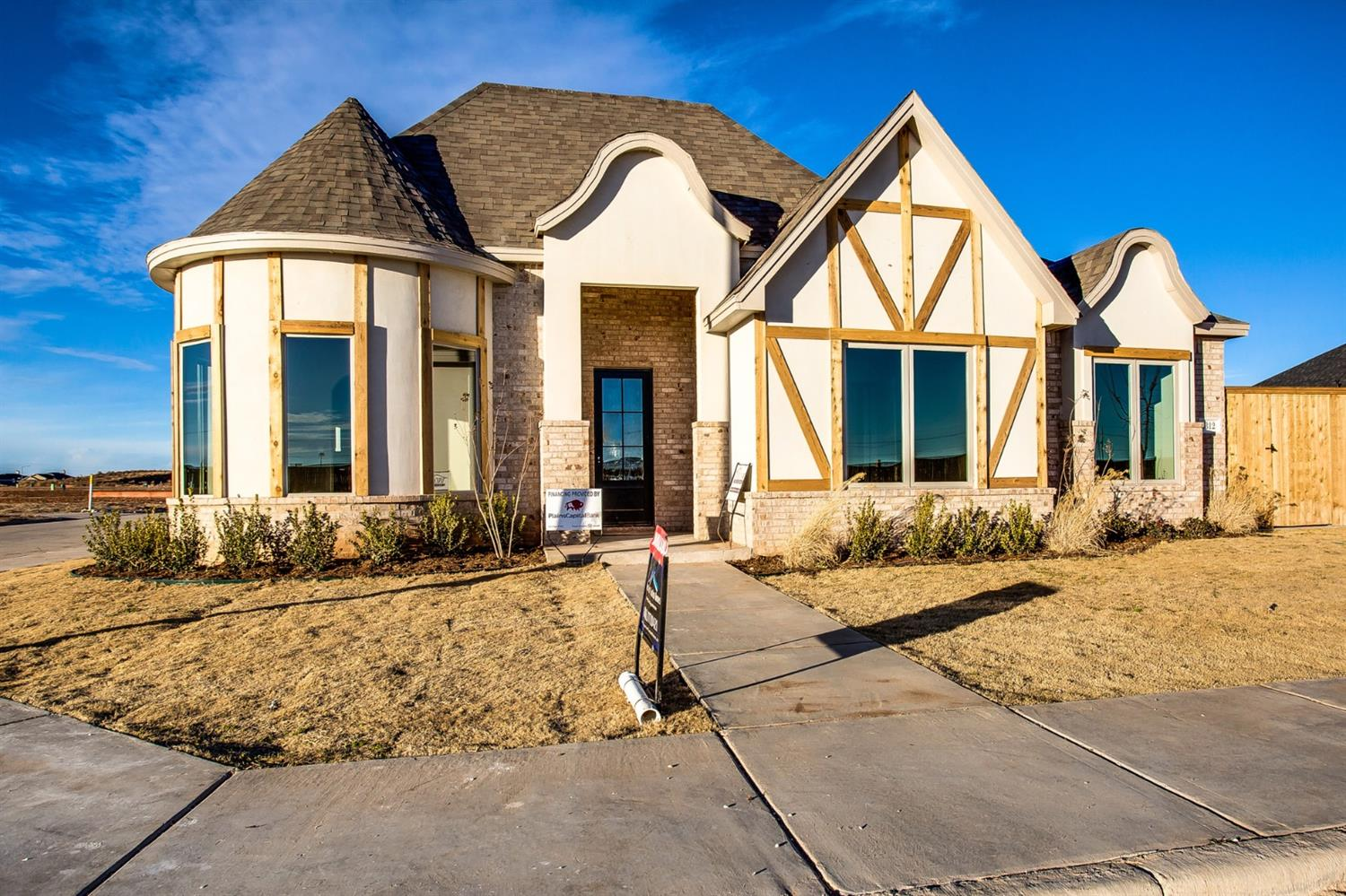 Welcome to Lubbock's newest premier neighborhood, Abbey Glen! Abbey Glen is conveniently located in southwest Lubbock just west of Slide Rd. and 114th St.  This planned development is located in Cooper schools and will feature its own private park.  This beautiful 3/2/3 home was built by award winning Clearview Custom Homes.  This unique home offers an elegant round dining room, large great room and gourmet kitchen, and large laundry room!  The isolated master offers double vanities, separate shower and tub, and large walk in closet.