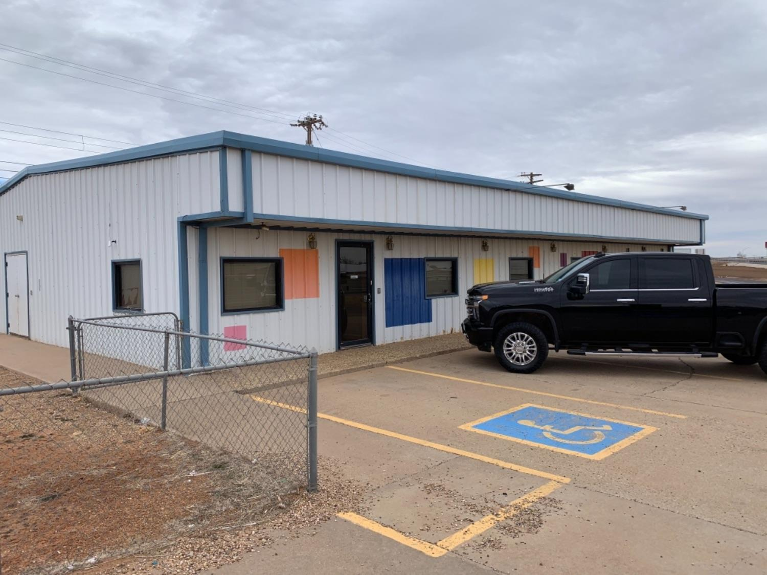 Nice Free Standing building with HWY frontage on 62-82.  Could be used for several businesses its last use was a day care.