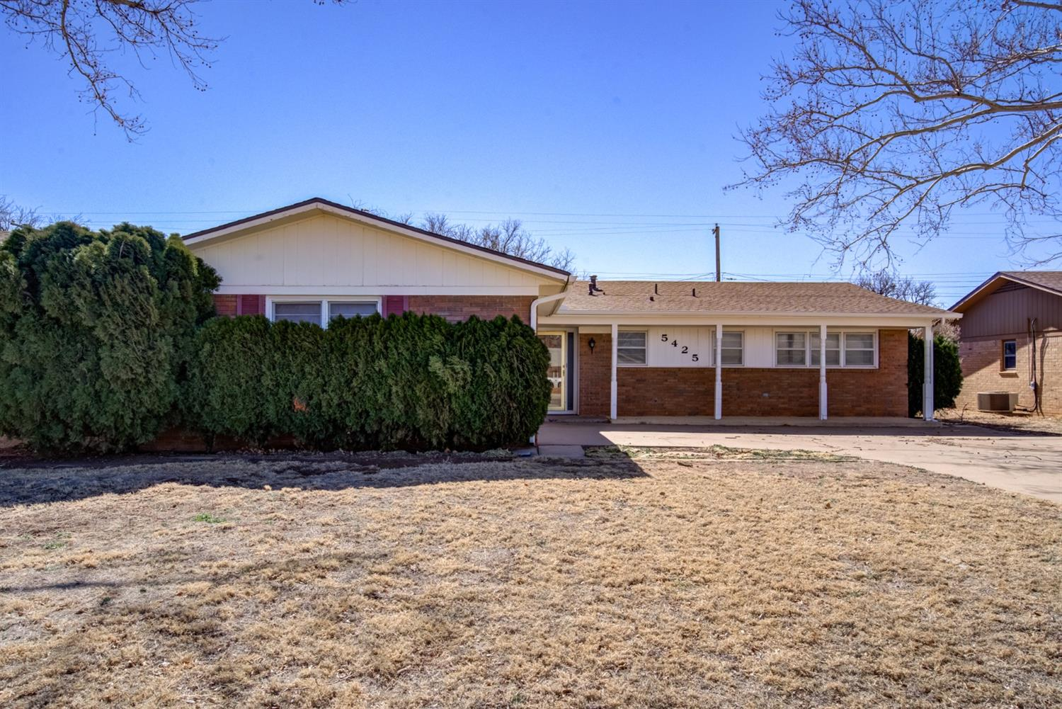 3bed/2bath/2garage. Brand new roof, HVAC, water heater, and master shower. Large living room with beautiful brick fireplace and sliding glass door to the large covered patio. Excellent location in Central Lubbock about 2 minutes to Marsha Sharp Fwy and Loop 289. About 7 minutes to Texas Tech and LCU.