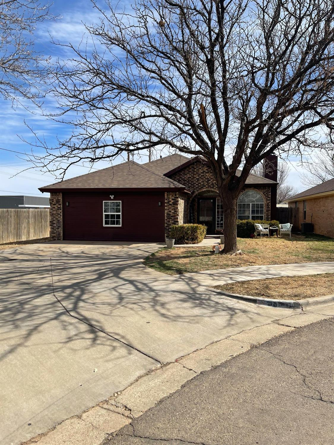 Come and check out this 4/2 in Frenship school district. This home features high ceilings, gas fireplace, isolated master with a beautifully updated bathroom and more. This home has a lot of space and will. not disappoint! Call your favorite realtor today!!