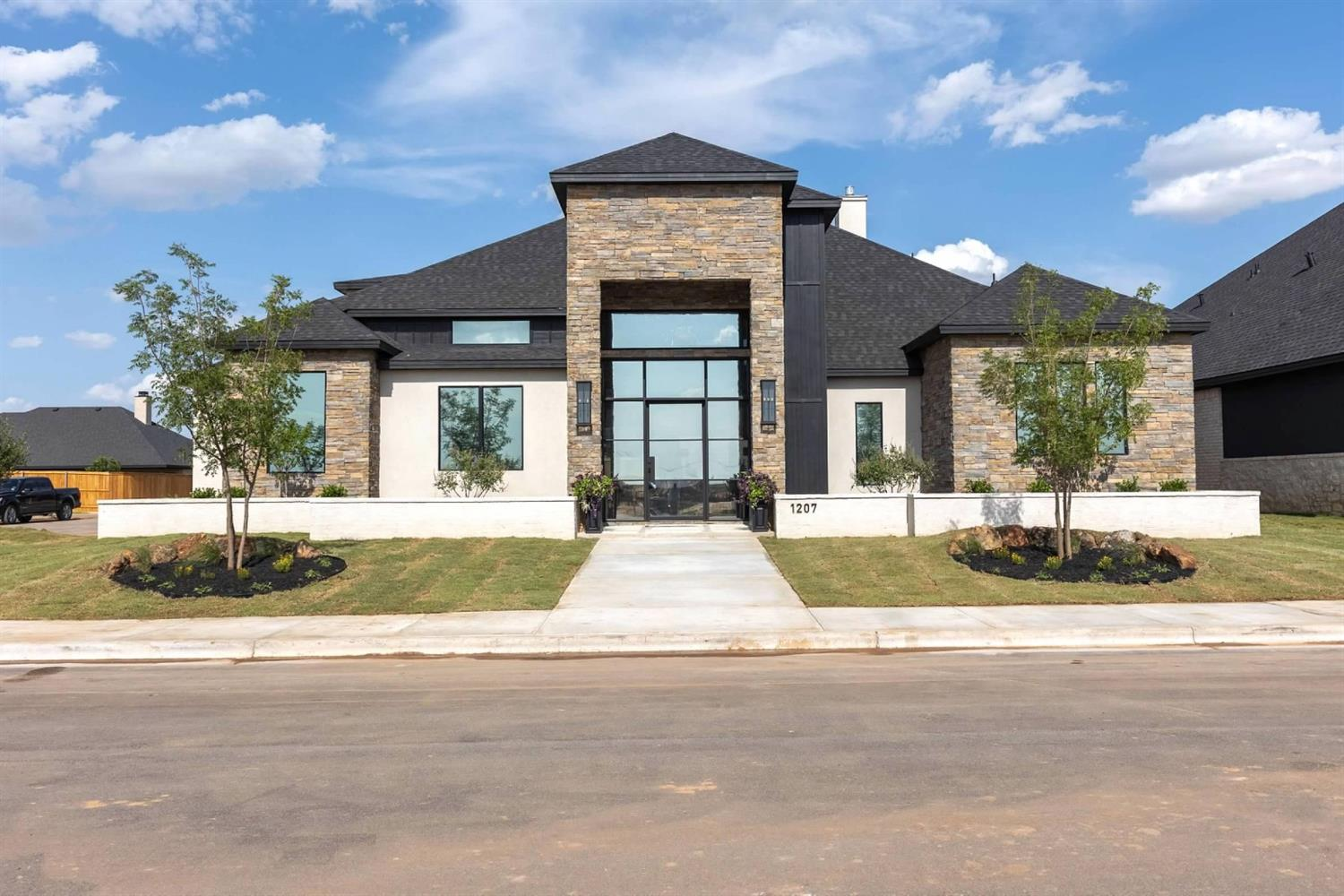 Photo for MLS Id 153164 located at 1207 Brookshire