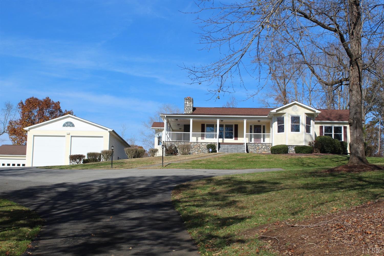 1402 Dogwood Hills Drive