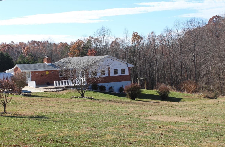 1465 Bear Creek Road