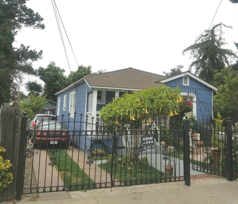 Photo of 951 92nd Avenue, Oakland, CA 94603