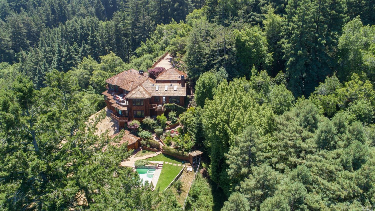 Photo of 720 Edgewood Avenue, Mill Valley, CA 94941