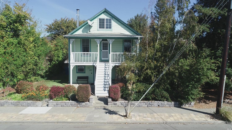 885 W K Street, Benicia, CA 94510
