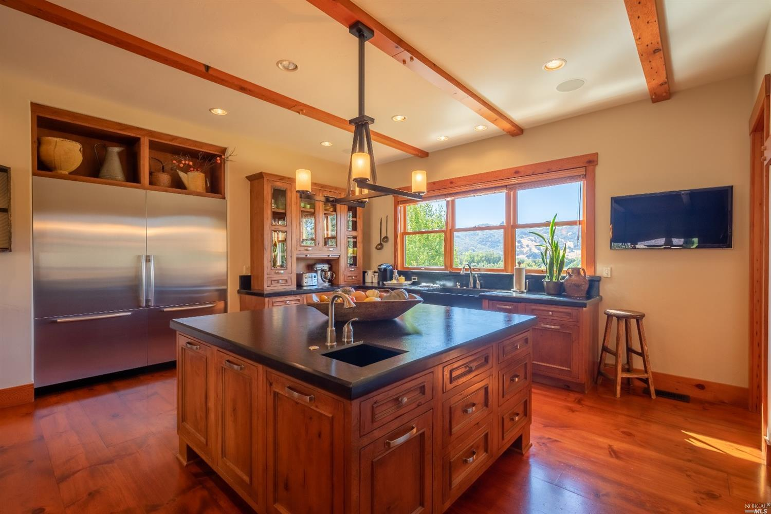 Photo of 10301 Old River Road, Hopland, CA 95449
