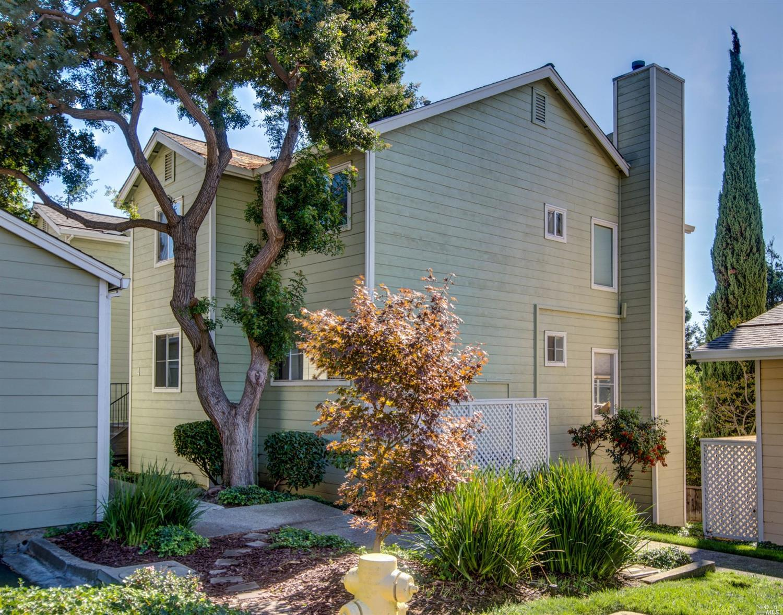 735 Buchanan Street 113, Benicia, CA 94510