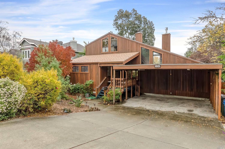 332 W K Street, Benicia, CA 94510