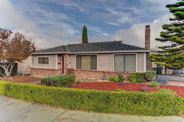 237 Hillcrest Avenue, Benicia, CA 94510