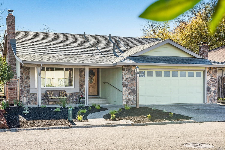 1348 Pinon Drive, Healdsburg, CA 95448