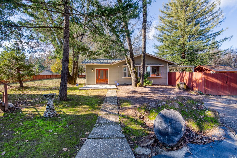 670 E School Way, Redwood Valley, CA 95470