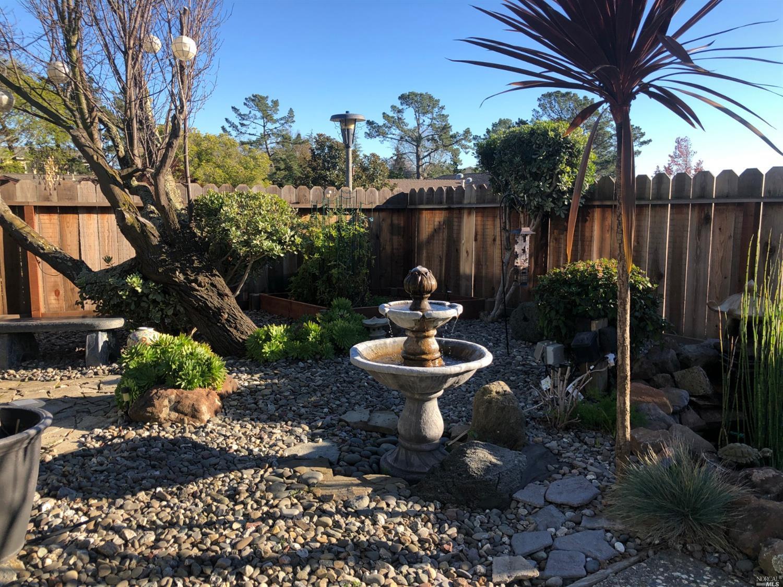 256 CARLISLE WAY, BENICIA, CA 94510  Photo