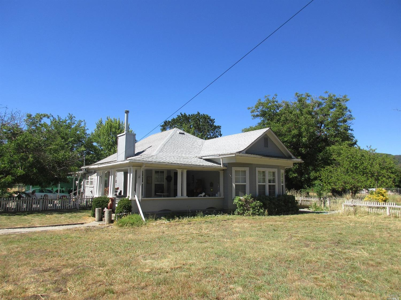 10526 East Road, Upper Lake, CA 95493
