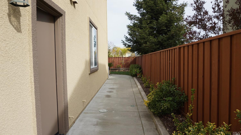 428 LLOYD COURT, BENICIA, CA 94510  Photo