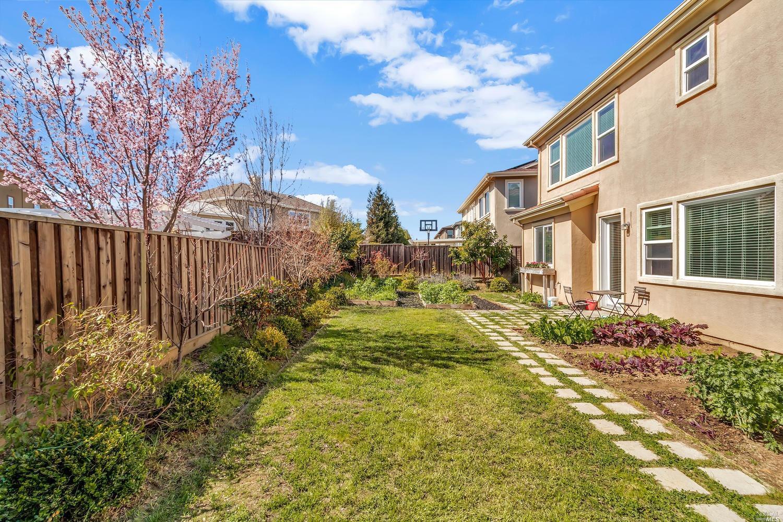 513 LANSING CIRCLE, BENICIA, CA 94510  Photo