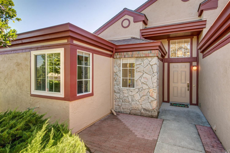 566 Daffodil Drive, Benicia, CA 94510