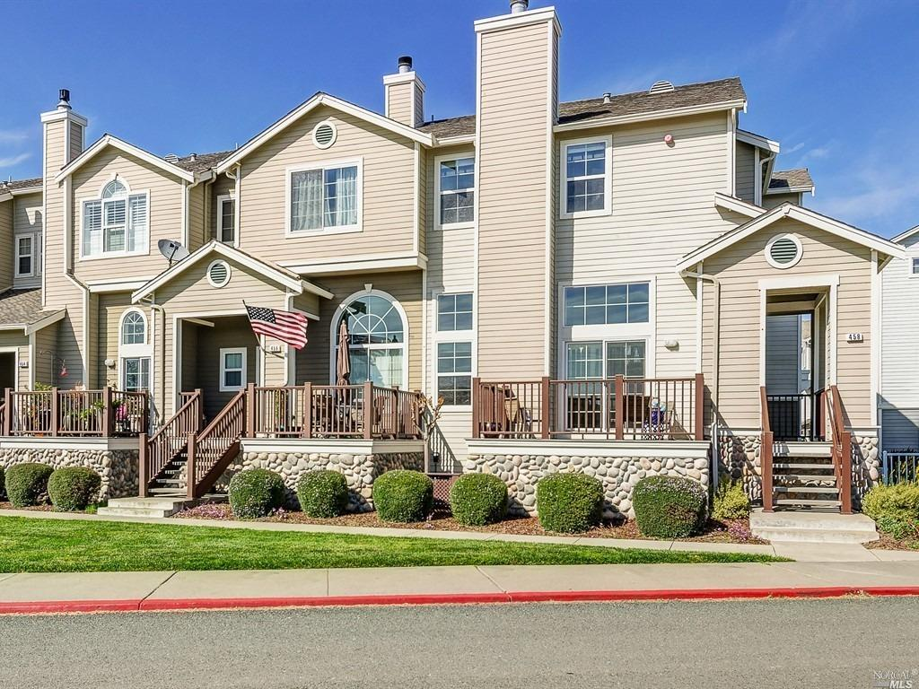 458 E E Street, Benicia, CA 94510