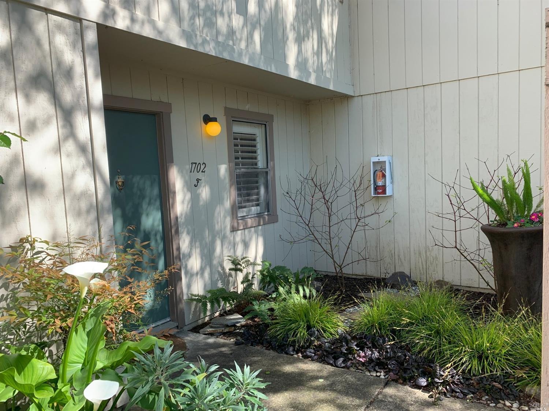 1702 Glenbrook Dr, Santa Rosa, CA, 95401