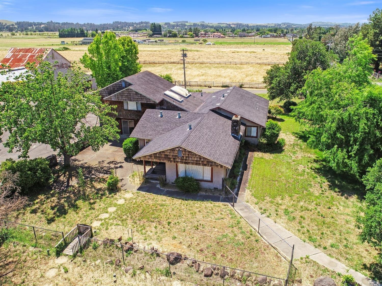2300 Roberts Rd, Penngrove, CA, 94951